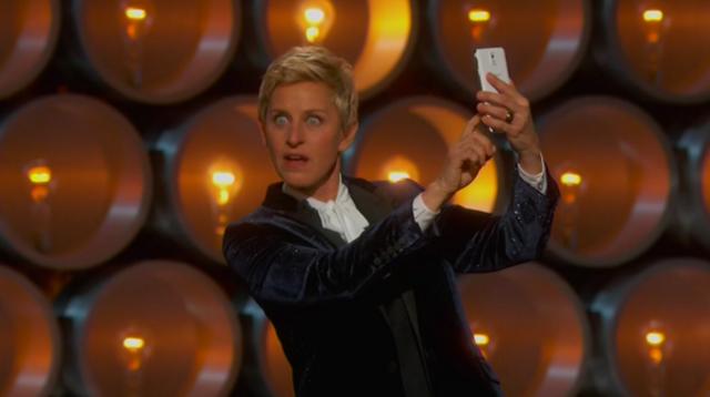 Oscar 2014 Samsung Apple 1