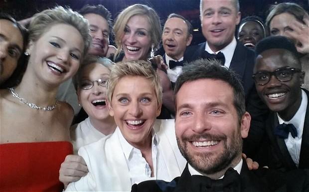 Oscar 2014 Samsung Apple 2