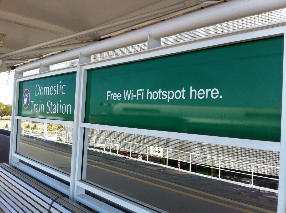 conexión WiFi gratis en estaciones de cercanías