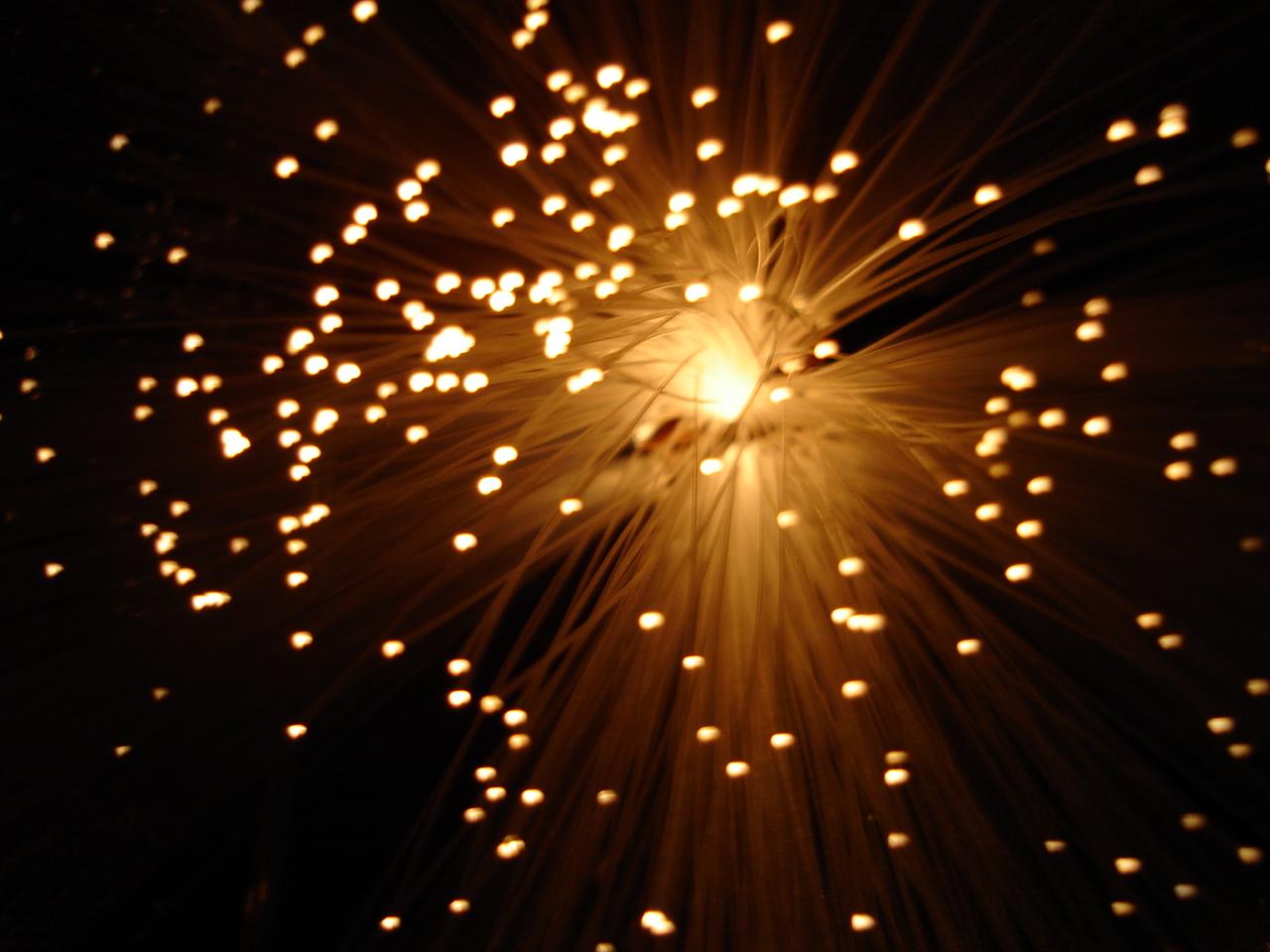Fibra óptica de 100 Gbps