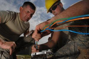 adsl y fibra optica despliegue de tecnologia