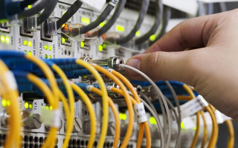 conectando cables tecnología docsis 31