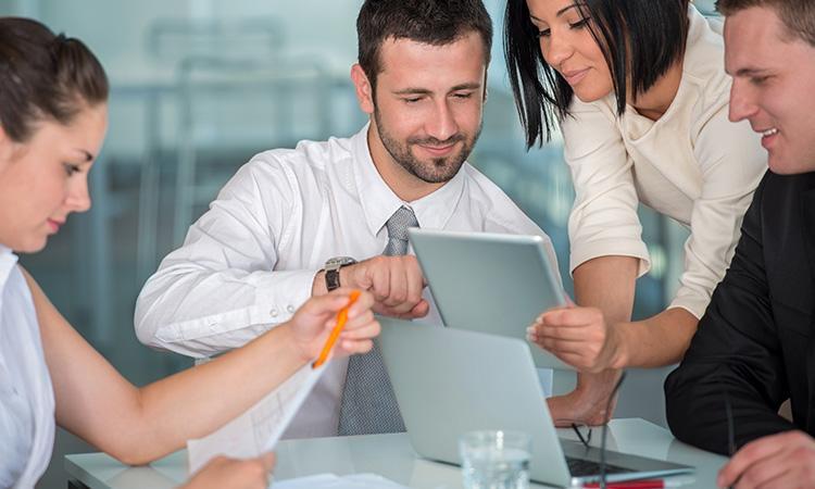 los mejores software que necesitas para trabajar en tu empresa